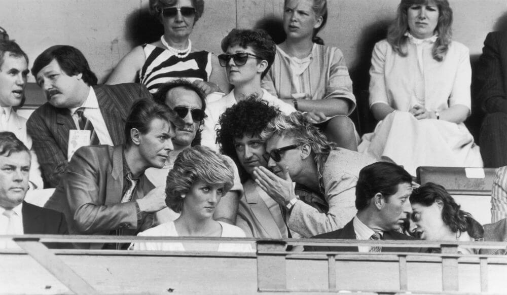 Princess-Diana-Charles-and-Famous-Faces-62023-51516.jpg