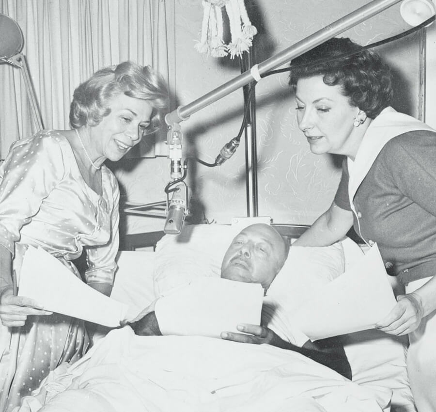 mel-blanc-recording-in-hospital-55568-27298