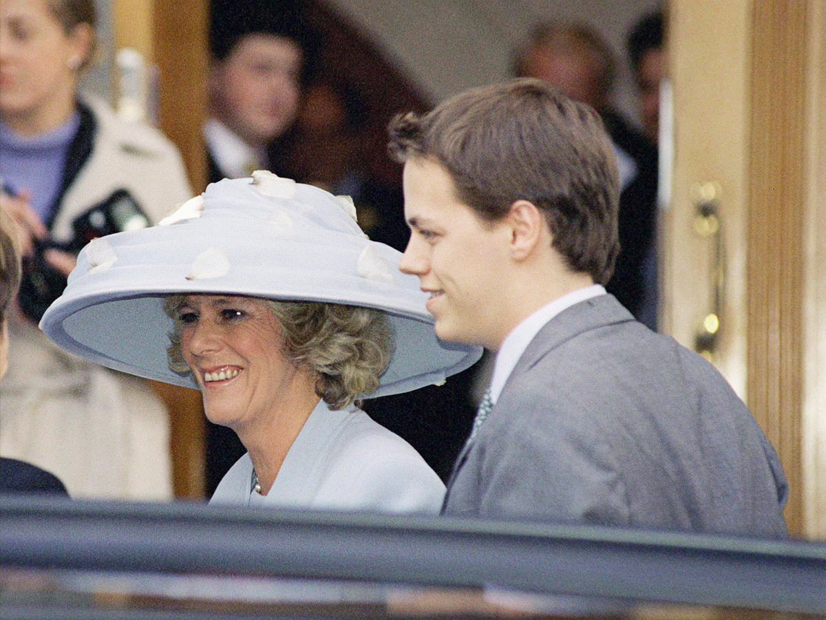Camilla Parker-bowles At The Wedding Of Santa Palmer-tomkinson And Simon Sebag-montefiore With Her Son Tom Parker-bowles