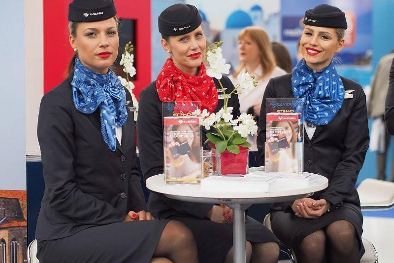 ava-Air-Serbia-flight-attendants