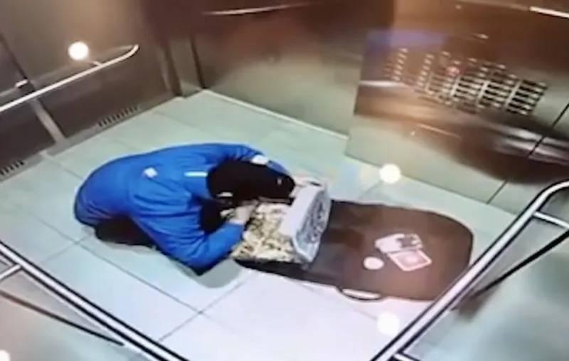 elevator-3