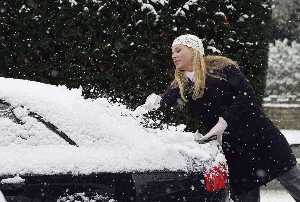 icy-windshield