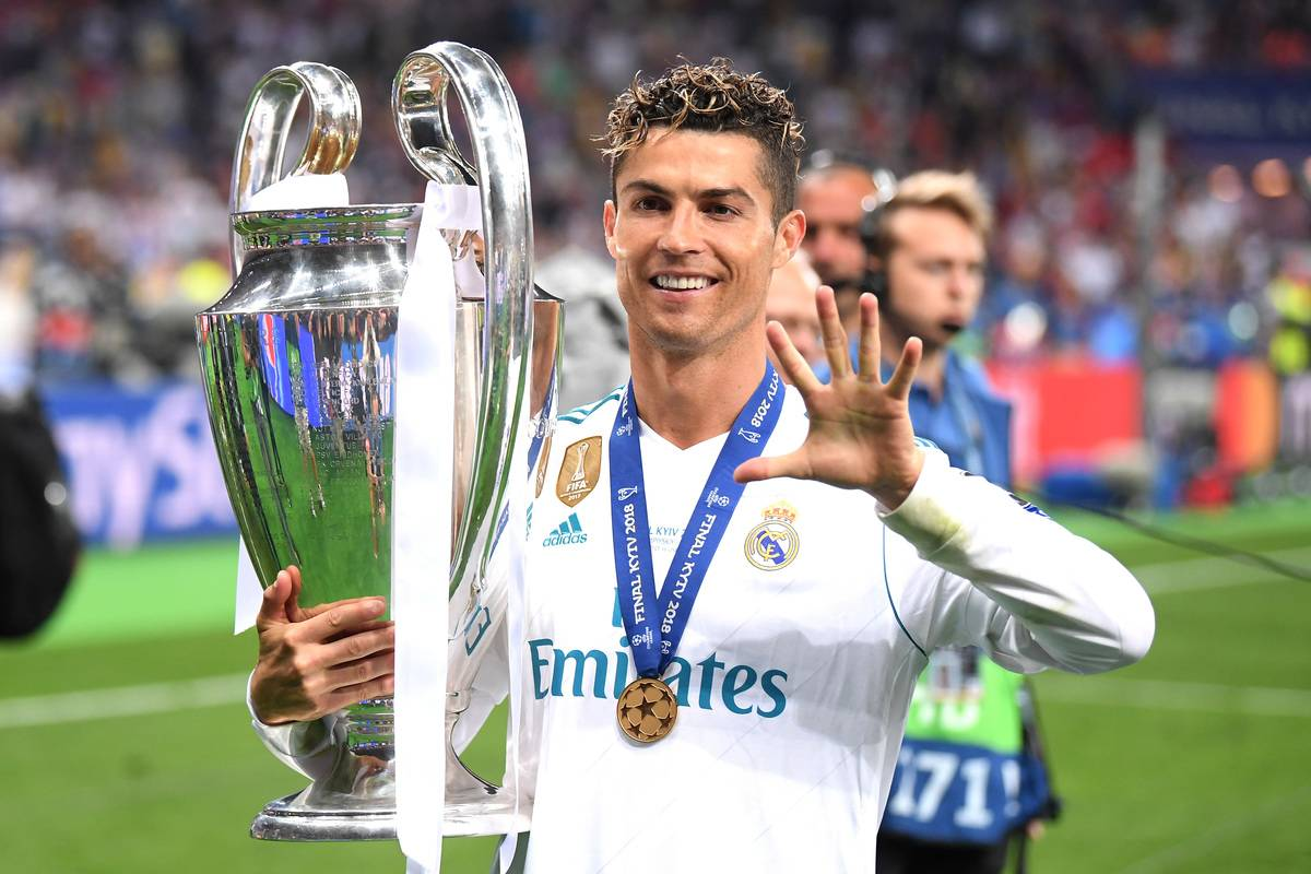 Cristiano Ronaldo of Real Madrid lifts The UEFA Champions League trophy following his sides victory in during the UEFA Champions League Final between Real Madrid and Liverpool at NSC Olimpiyskiy Stadium on May 26, 2018 in Kiev, Ukraine